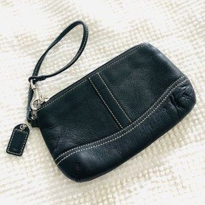 Coach Vintage Black Leather Zip Wristlet Wallet
